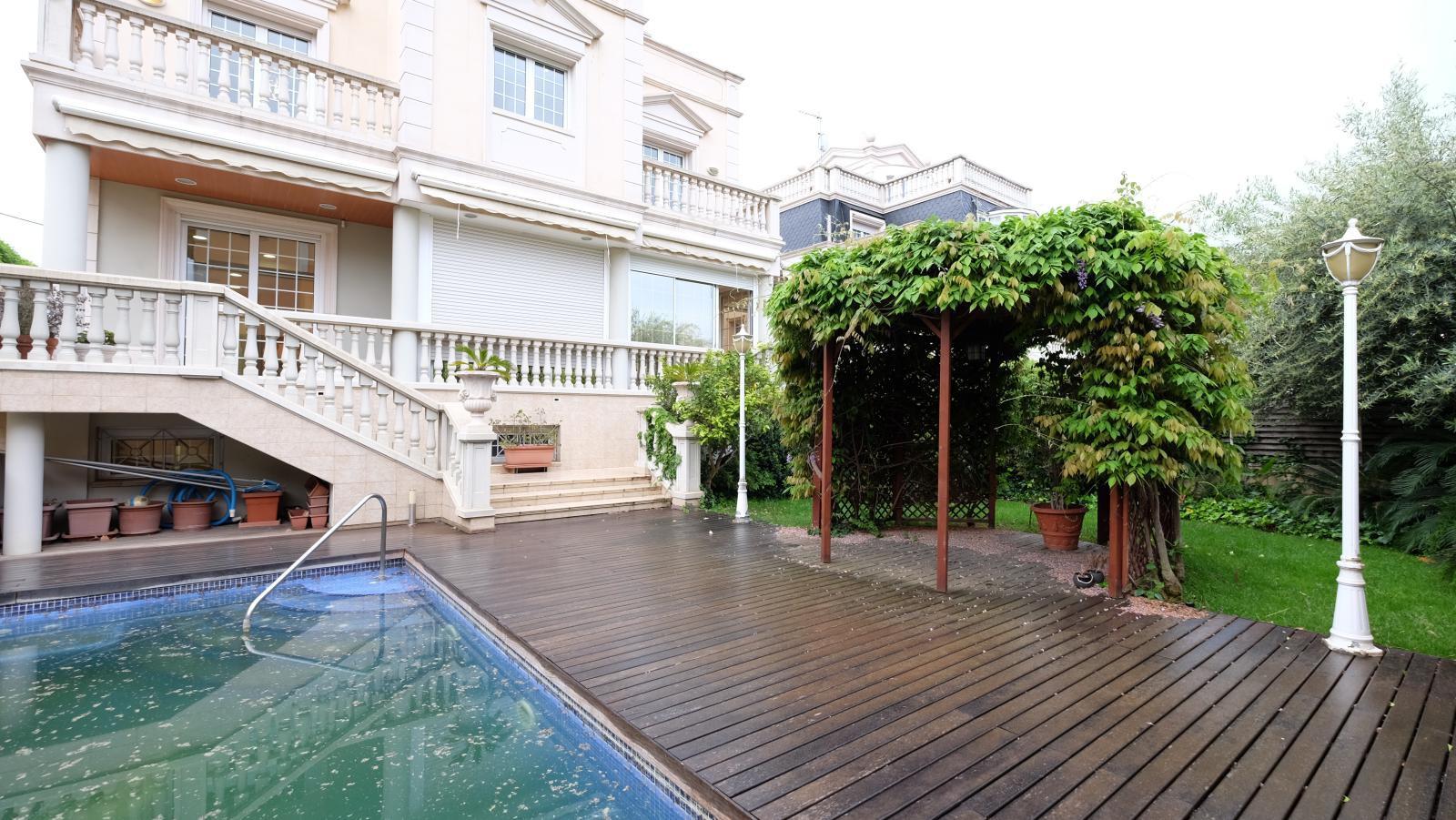 MG Inmobiliaria Barcelona - bonanovateknon