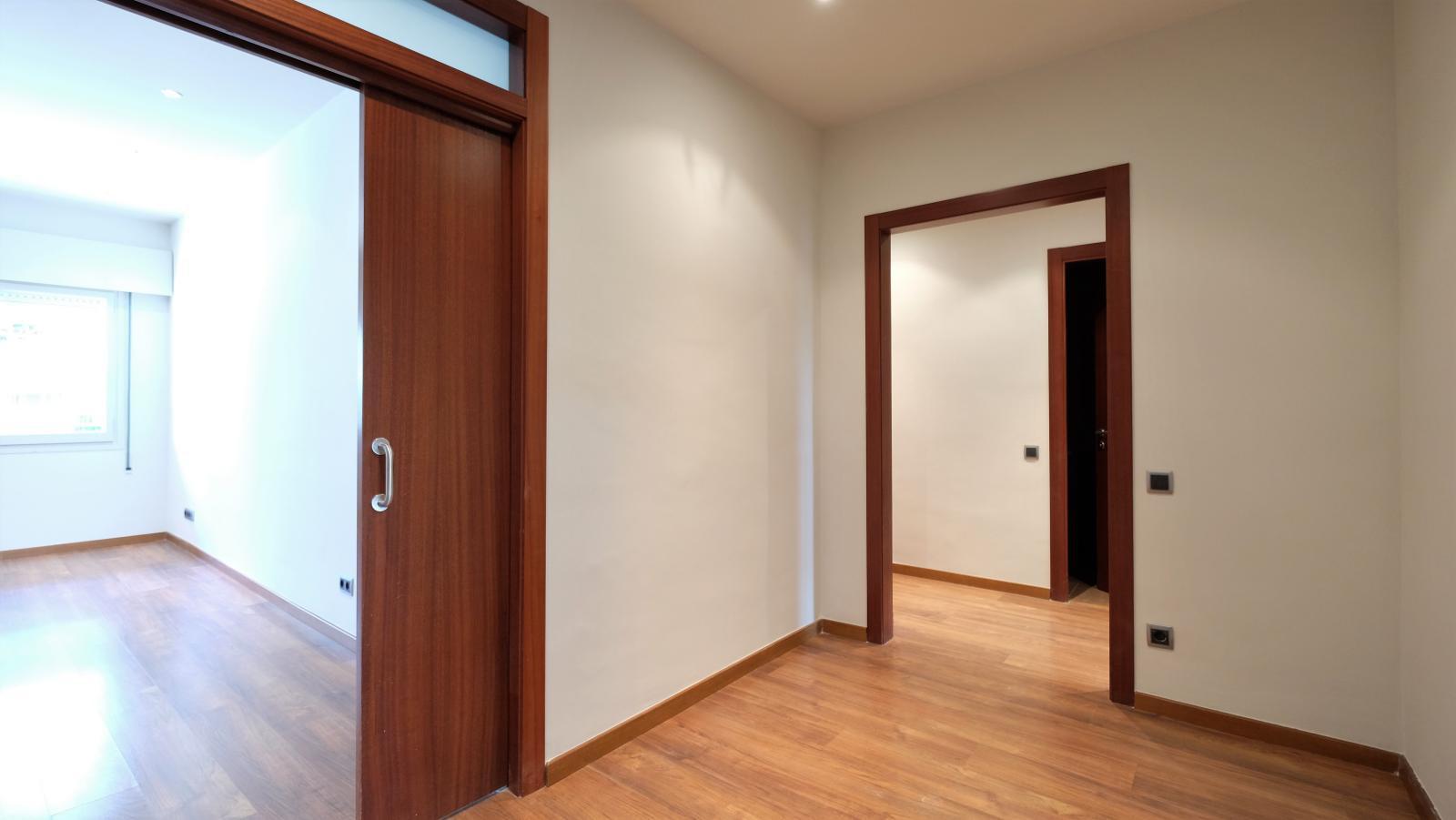 MG Inmobiliaria Barcelona - tranquilojuntomandri