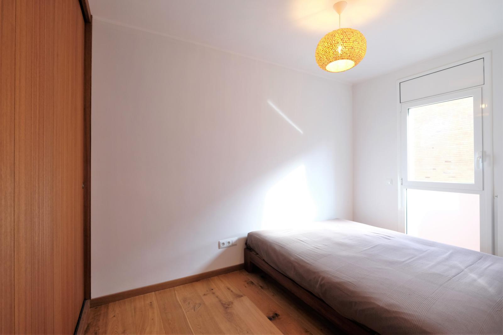 MG Inmobiliaria Barcelona - angli-junto-pau-alcover