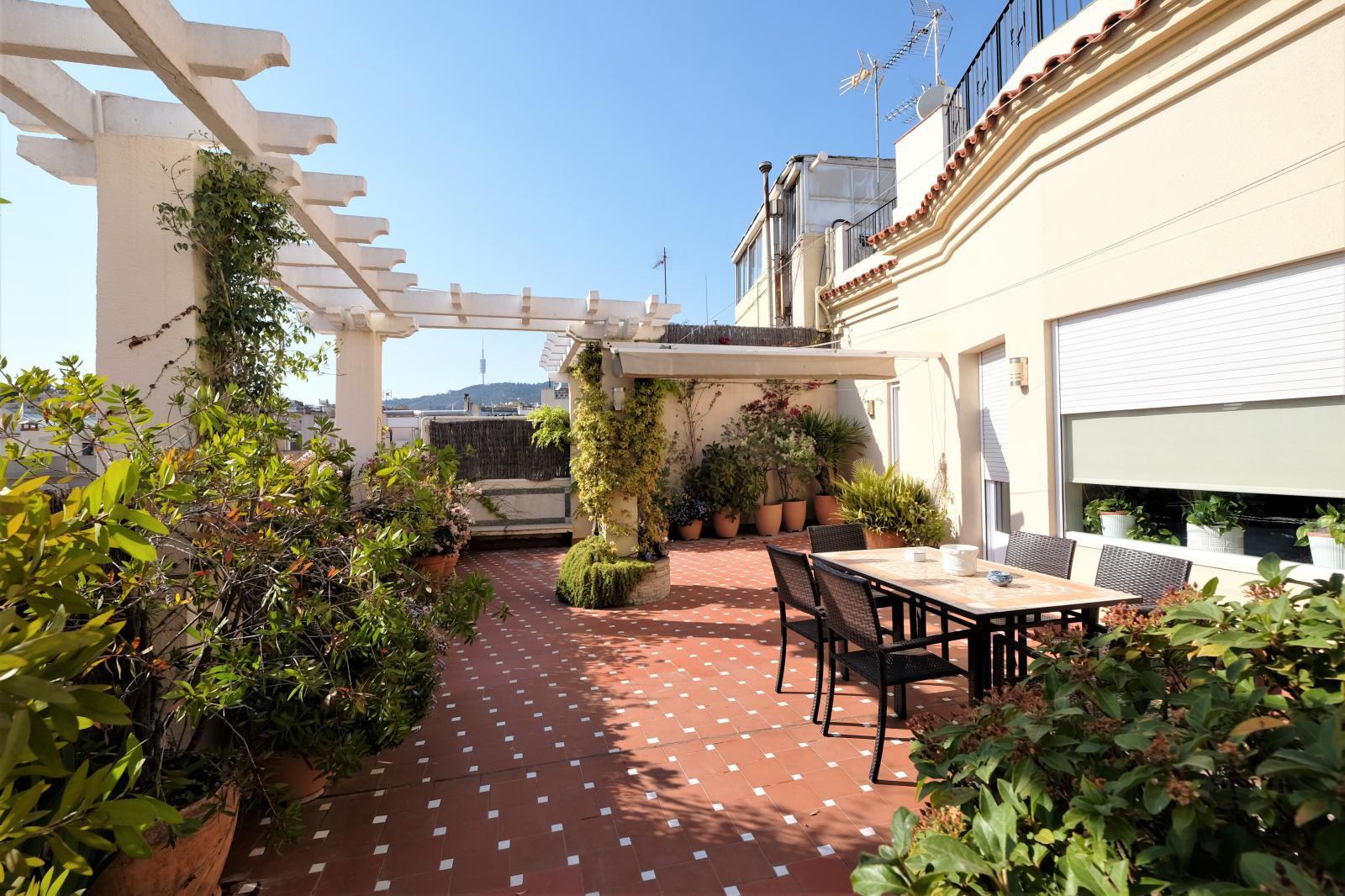 MG Inmobiliaria Barcelona - balmes-junto-plaza-molina