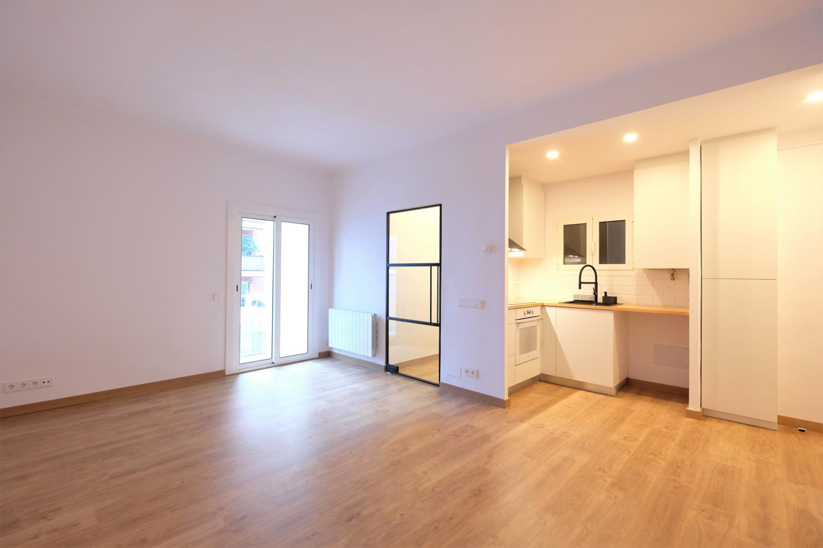 MG Inmobiliaria Barcelona - junto-a-craywinkel