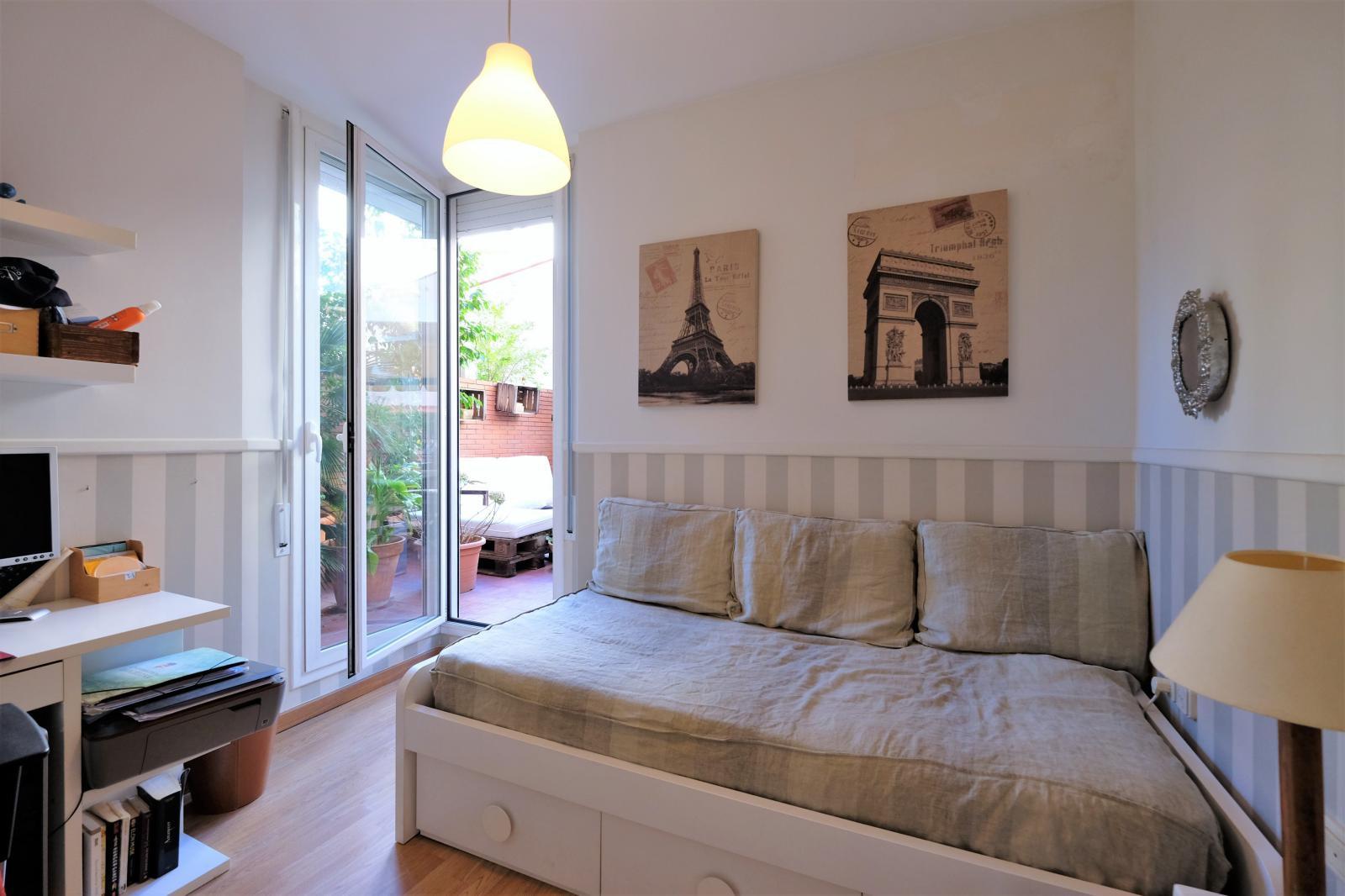 MG Inmobiliaria Barcelona - junto-plaza-artos