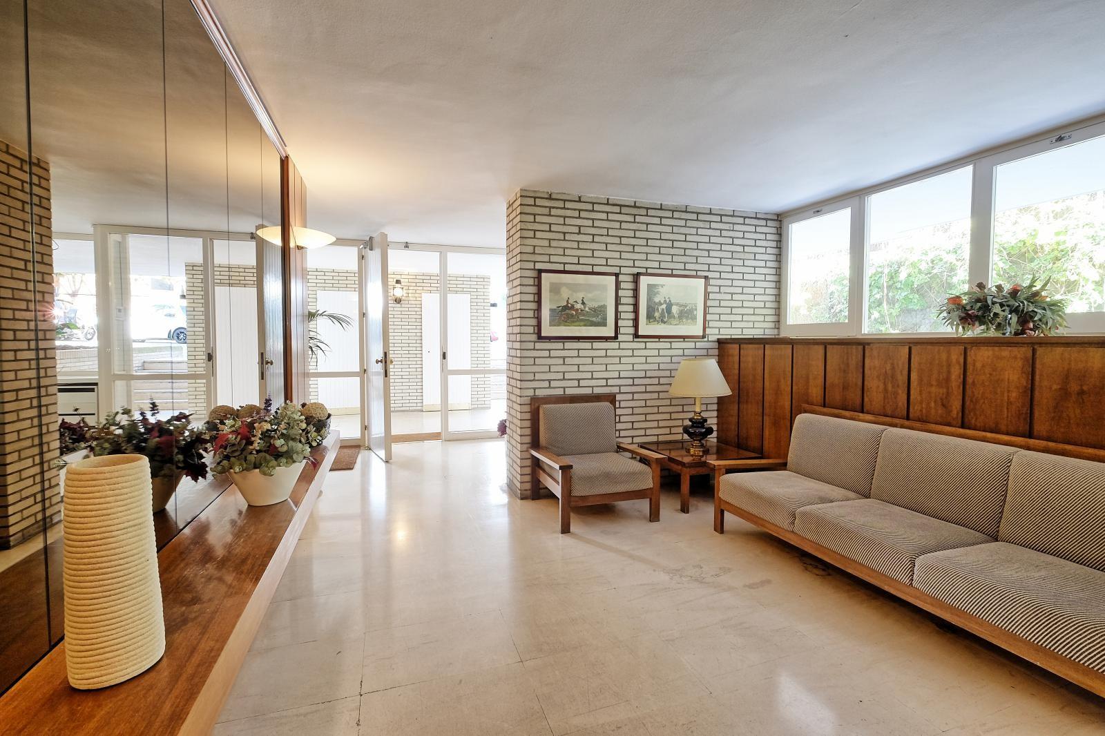 MG Inmobiliaria Barcelona - pau-alcover-calatrava