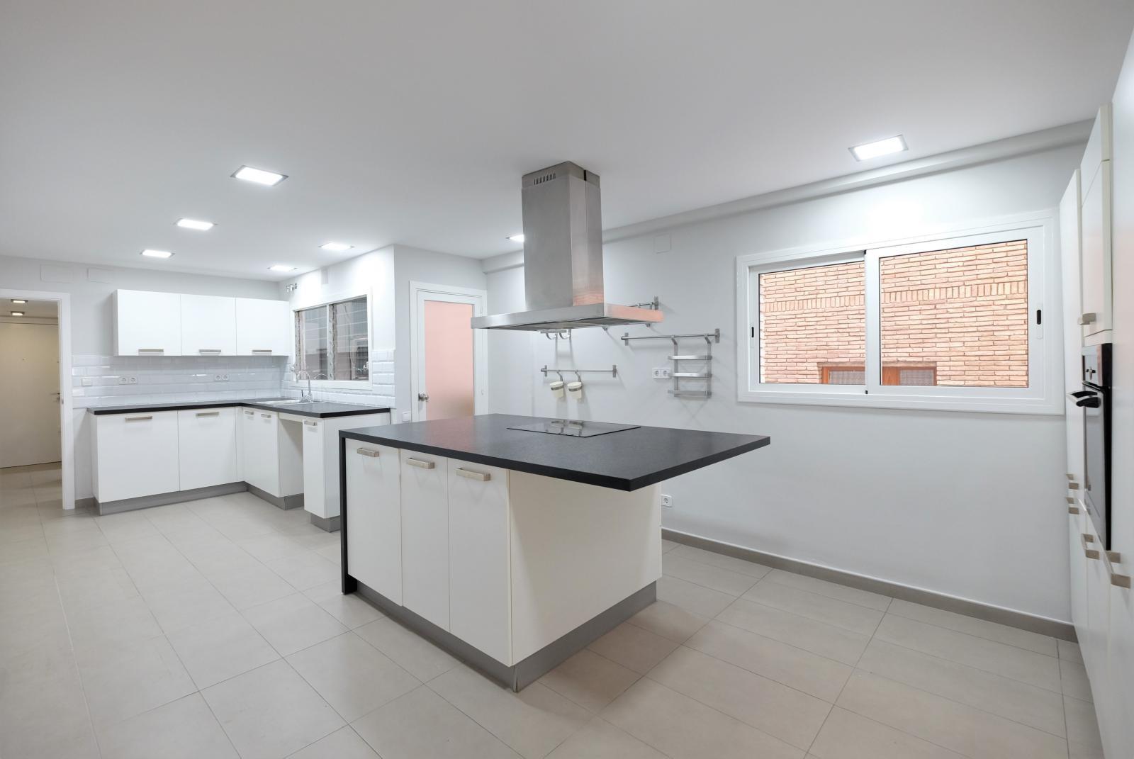 MG Inmobiliaria Barcelona - piso-tres-torres-sarria