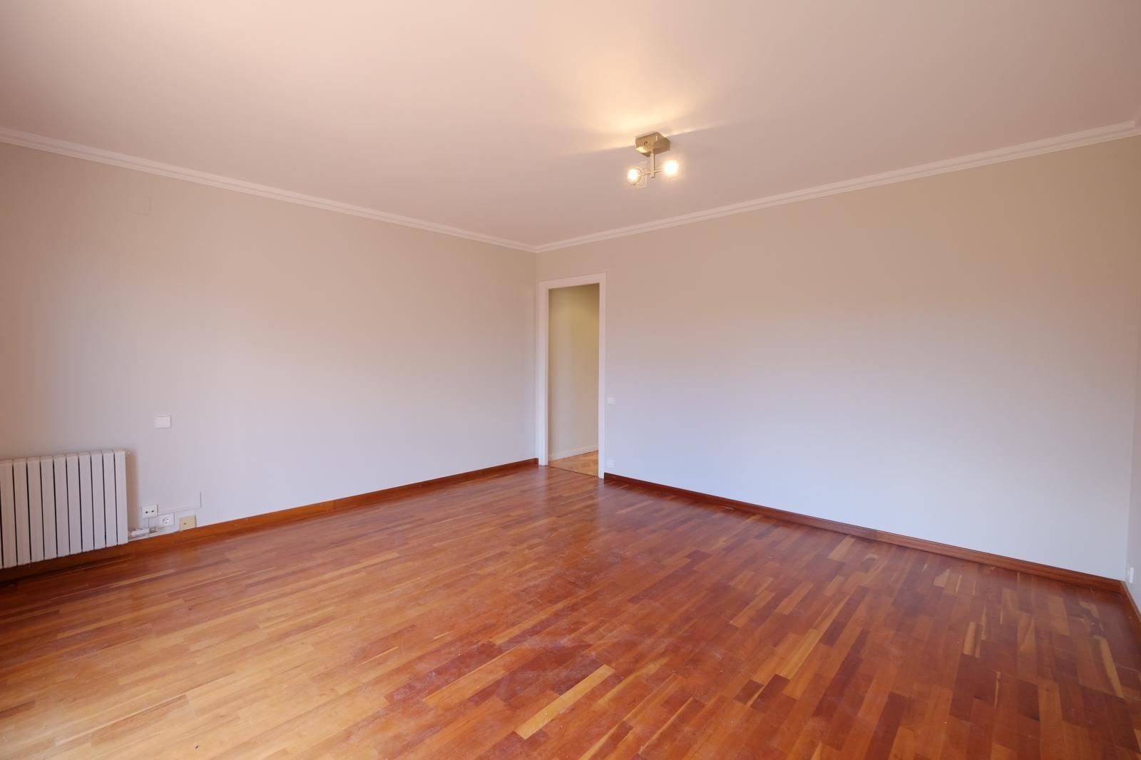 MG Inmobiliaria Barcelona - raset-modolell