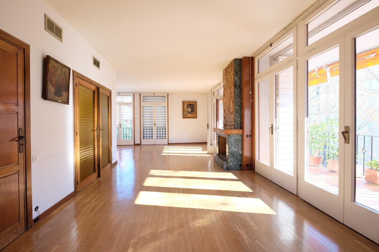 MG Inmobiliaria Barcelona - sarria-cavallers-pedralbes