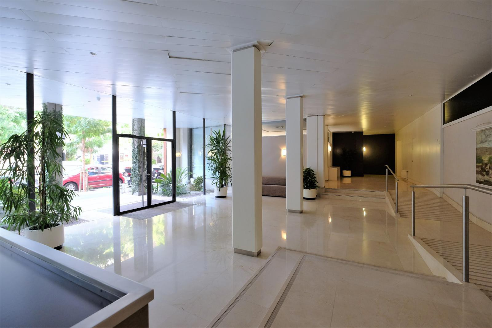MG Inmobiliaria Barcelona - sarria-junto-plaza-artos
