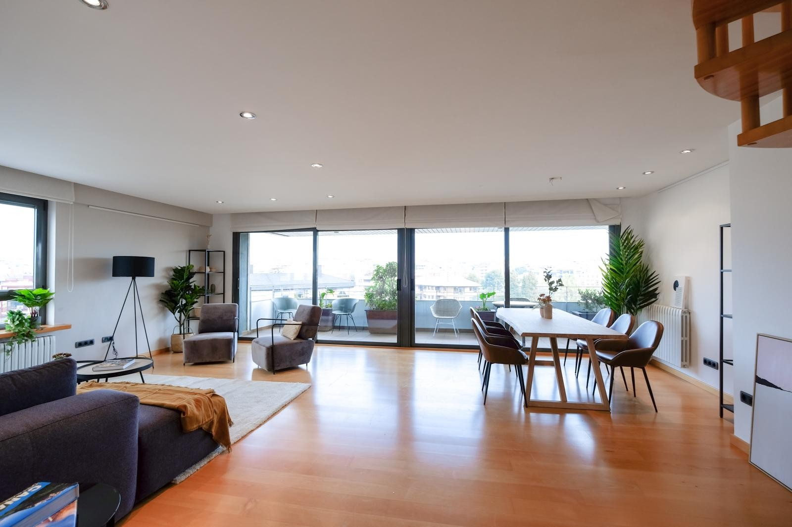MG Inmobiliaria Barcelona - zona-alta-via-augusta-tres-torres